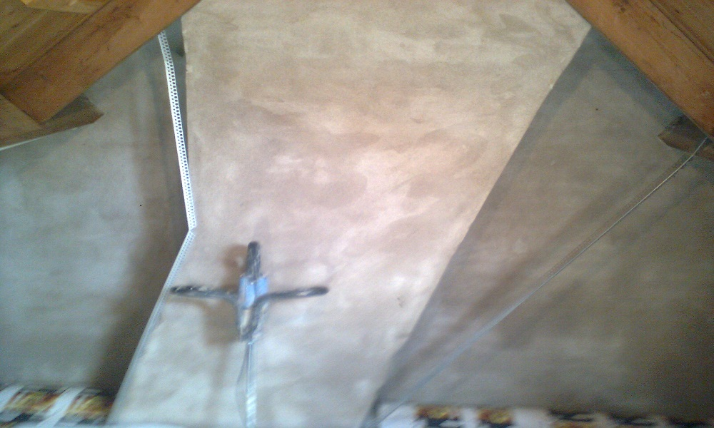 Stukadooirswerk-schoorsteen
